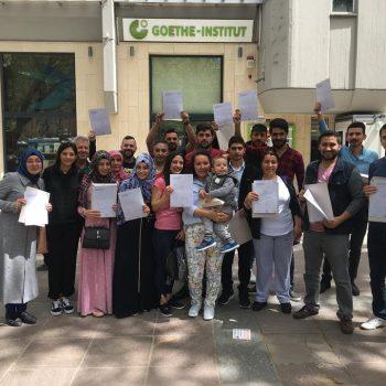 nisan-2018-donemi-ogrencilerimiz-belgelerini-aldilar