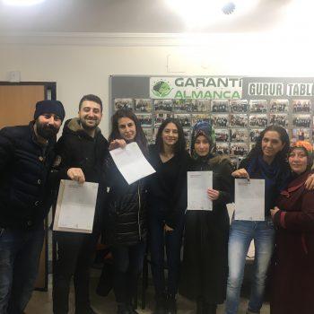 aralik-2018-donemi-ogrencilerimiz-belgelerini-aldilar